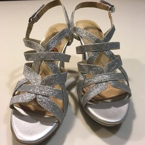 Naturalizer Delma Dress Sandal Silver Glitter Heel